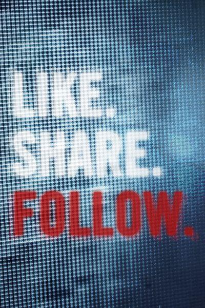 Lájkolj, ossz meg, kövess! – Plakát